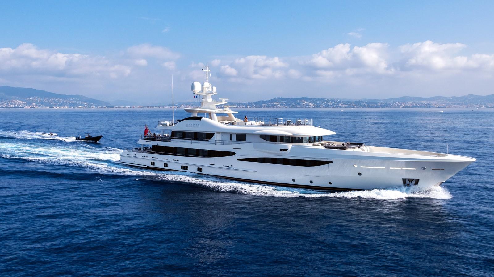 yacht for charter elixir