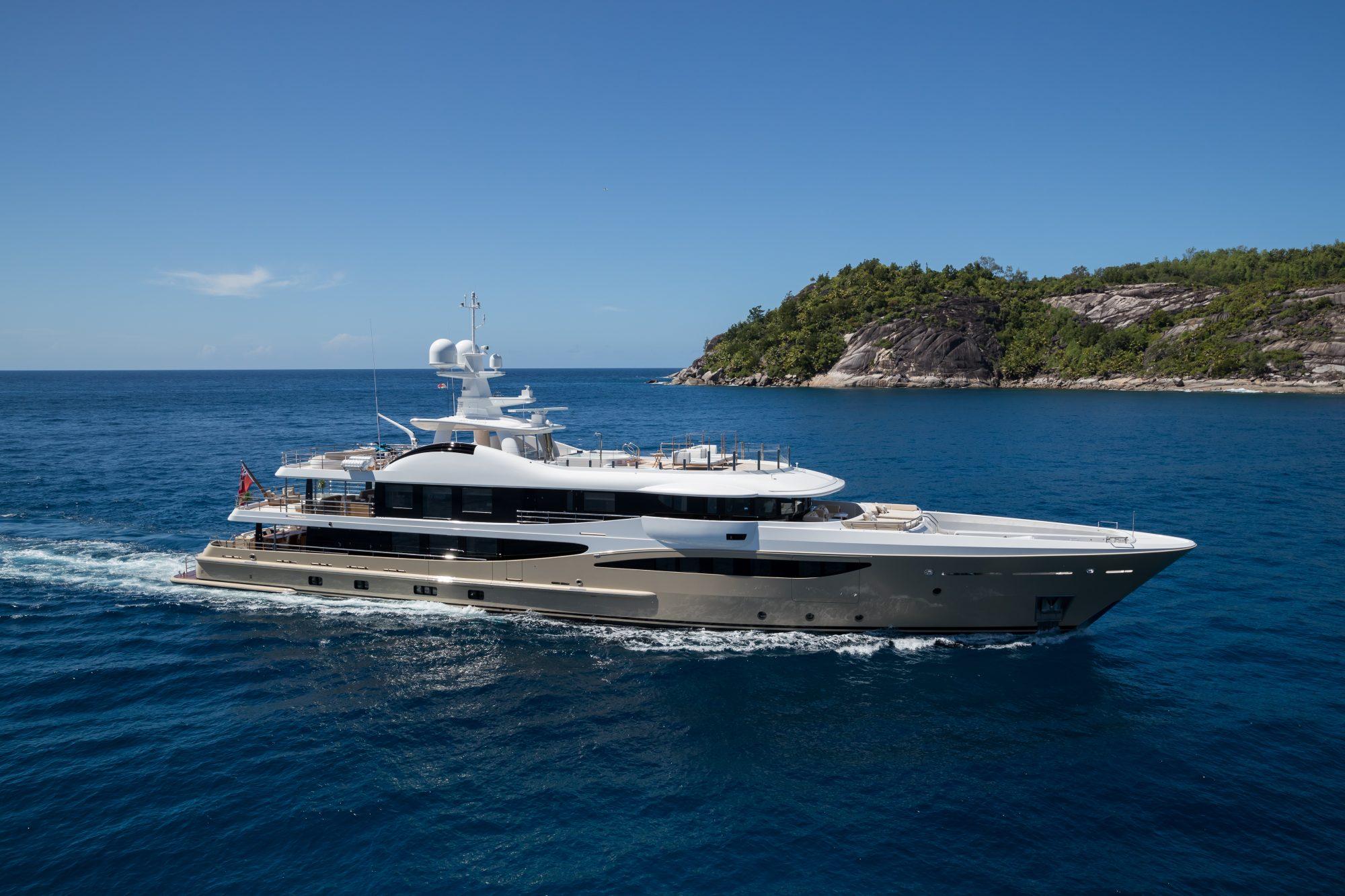 Motor Yacht LILI for Charter with SuperYachtsMonaco