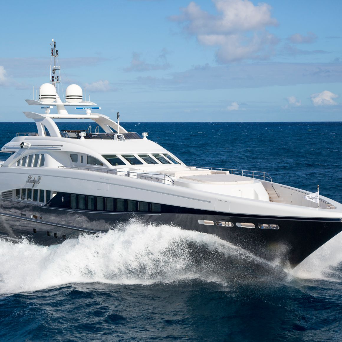 lady l yacht for charter