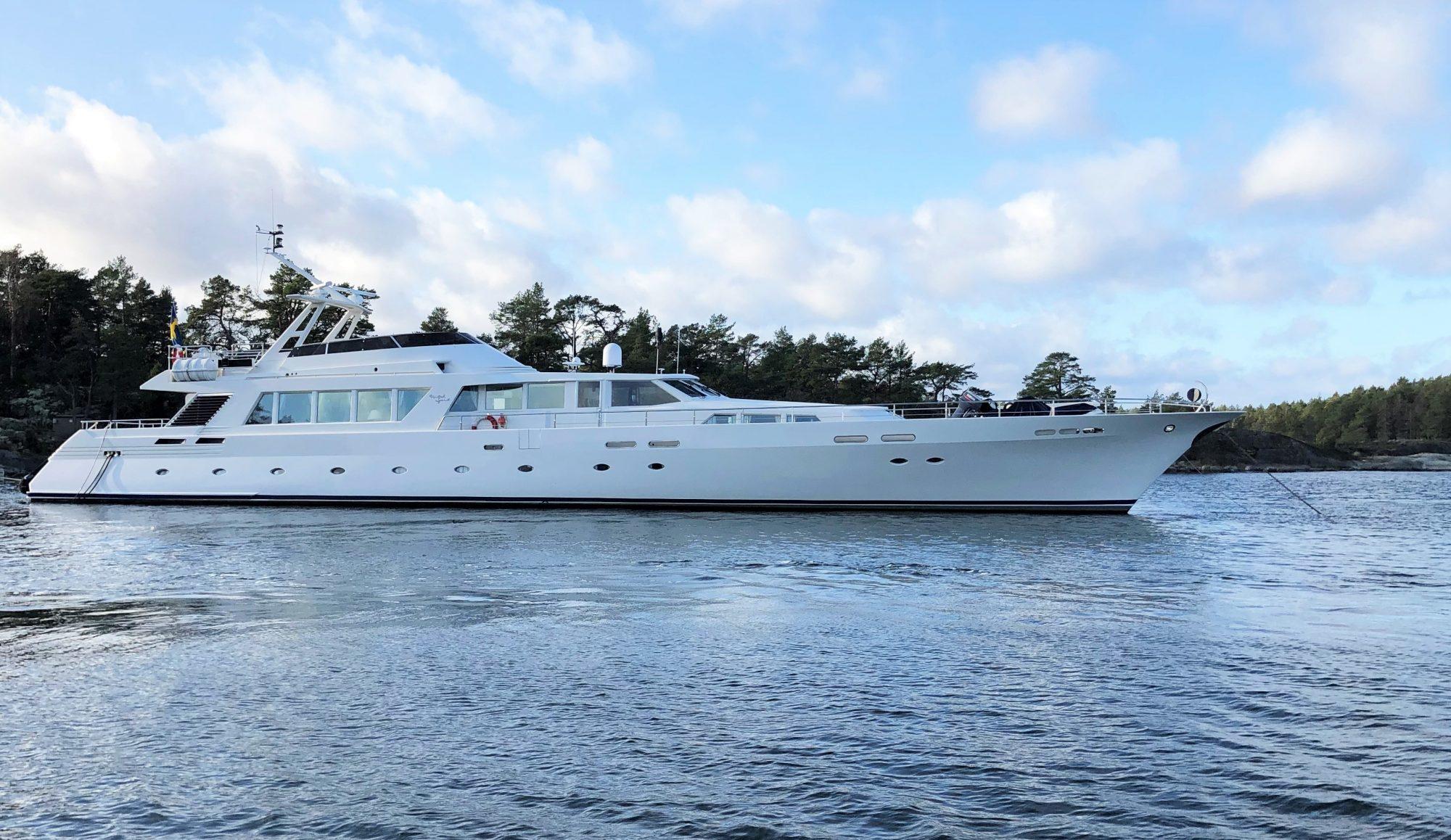 Motor Yacht UNITED SPIRIT for Sale