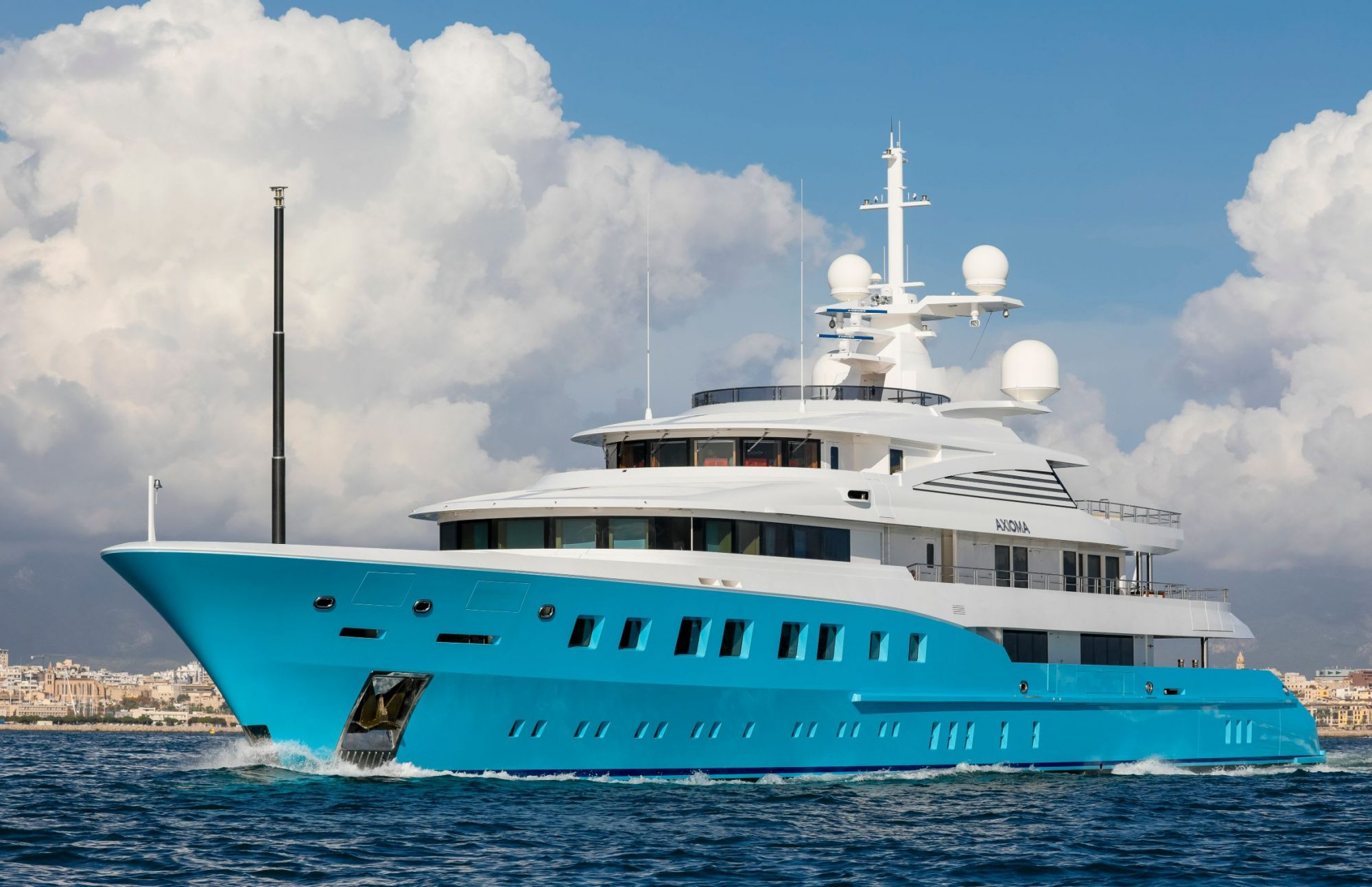 Motor Yacht AXIOMA for Charter with SuperYachtsMonaco
