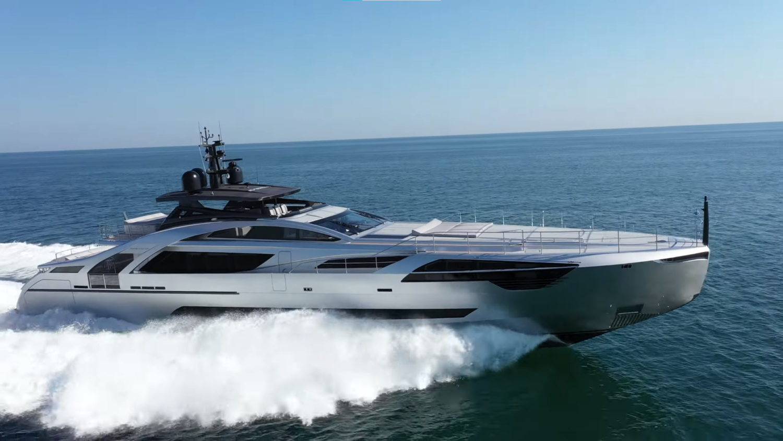 M/Y P140 Hull from Pershin Yachts