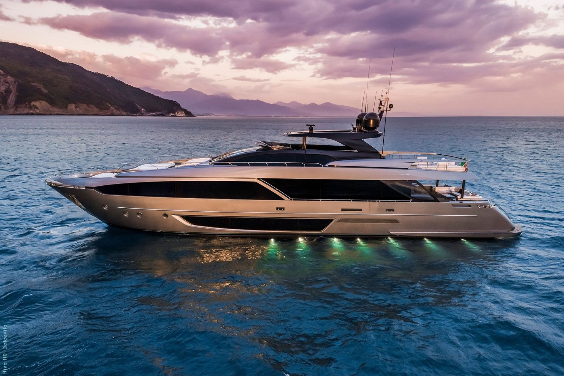M/Y FIGURATI available for Charter with SuperYachtsMonaco