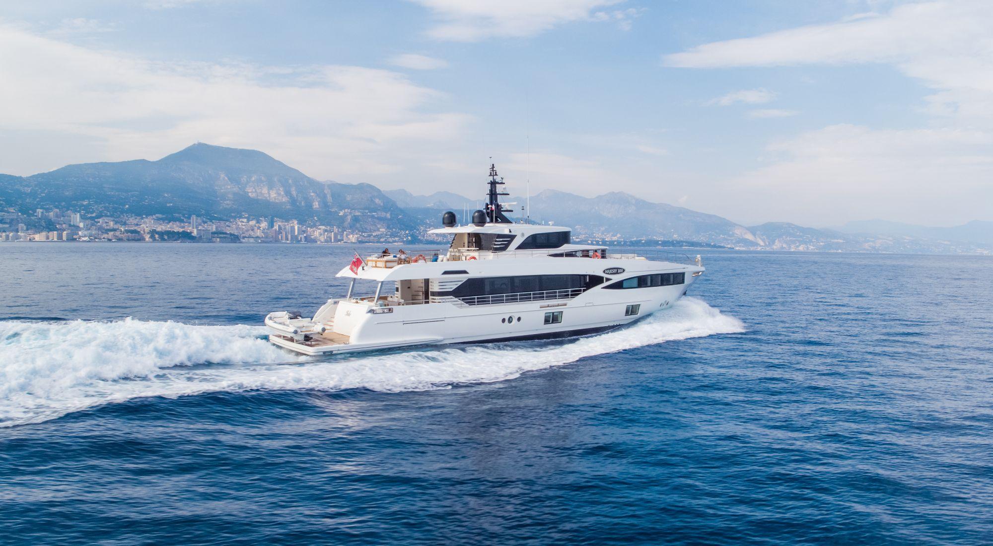 Majesty 100 yacht for sale